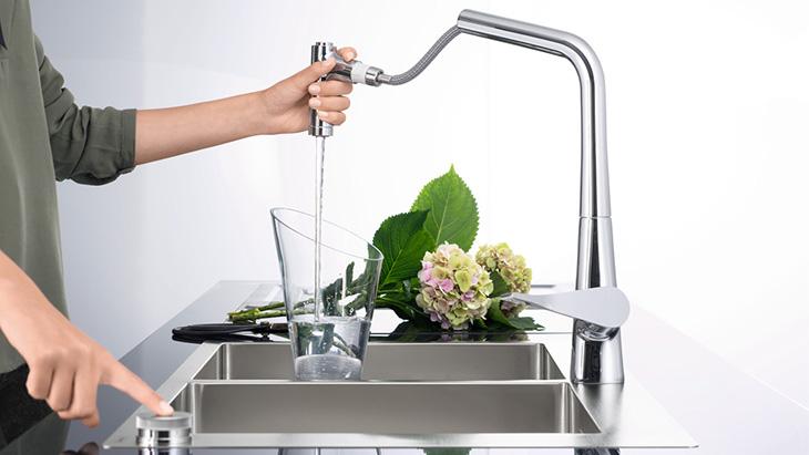 Komplett Neu Küchenarmaturen - Ihr neuer Wasserhahn für die Küche   Hansgrohe DE LW47