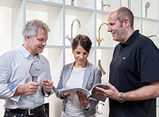 Training manager explains hansgrohe products