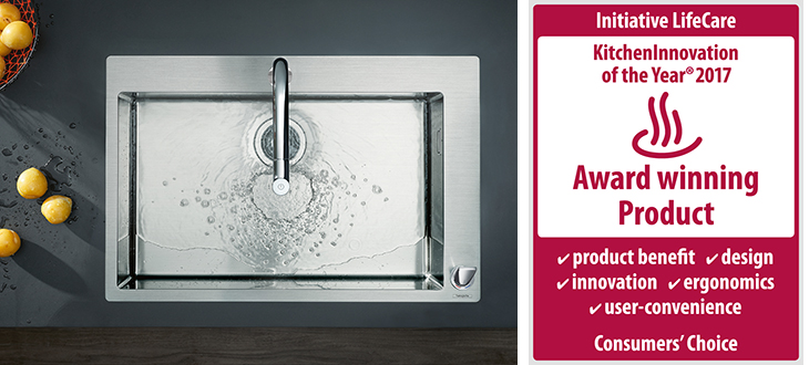 "Awarded ""KitchenInnovation of the Year® 2017"" for exceptional consumer convenience: the new hansgrohe C71 combination sinks."