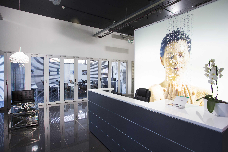 Johannesburg bathroom showroom hansgrohe south a for Bathroom designs johannesburg
