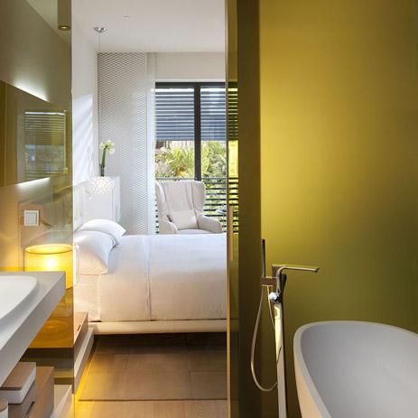 Badkamertrend kleur in de badkamer hansgrohe nl - Kleur idee ruimte zen bad ...