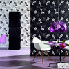 New wallpaper with large floral decorations invoke memories of the wall designs of the past.