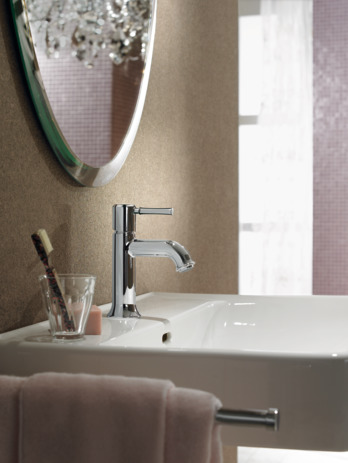 Single lever basin mixer 80 with pop-up waste