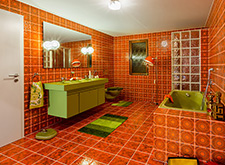 Twenties bathroom.