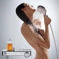 Woman next to ShowerTablet Select 300