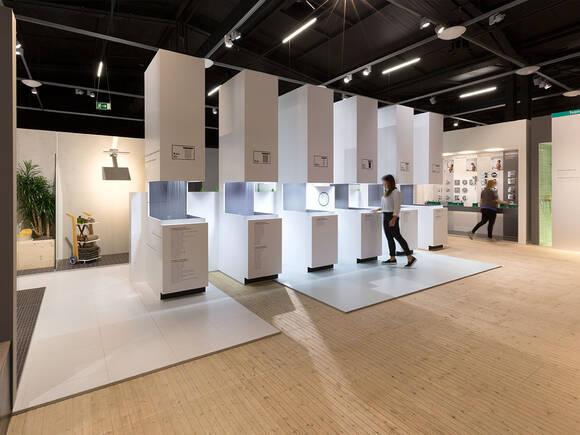 Badausstellung Von Hansgrohe K Uuml Chenarmaturen Testen Hansgrohe De