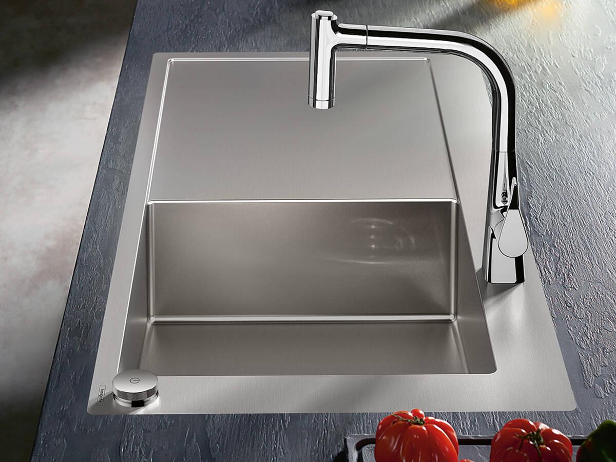 水槽组合——水槽与适当的龙头高度相结合。