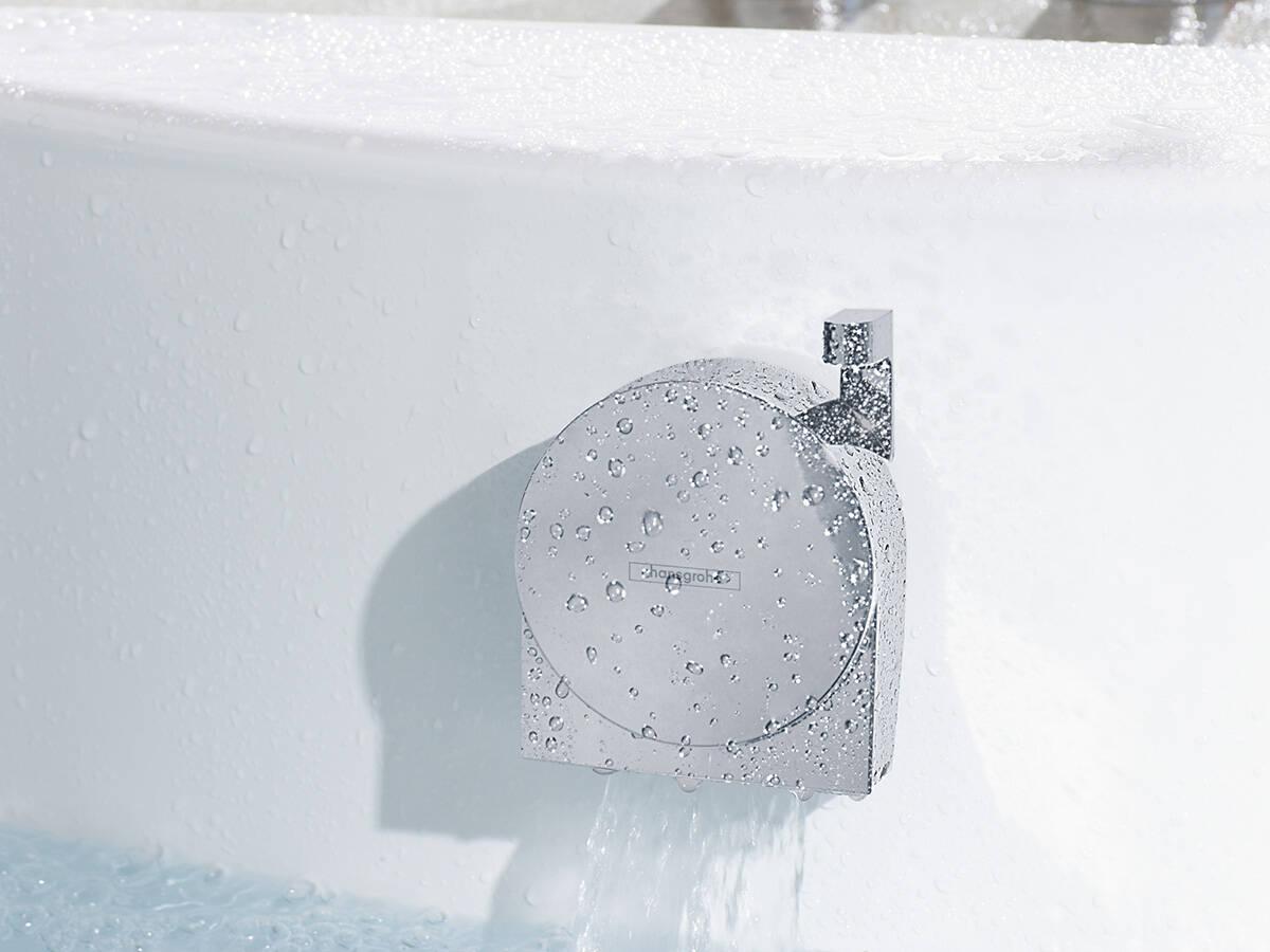 浴缸内的汉斯格雅排水系统:Exafill S。