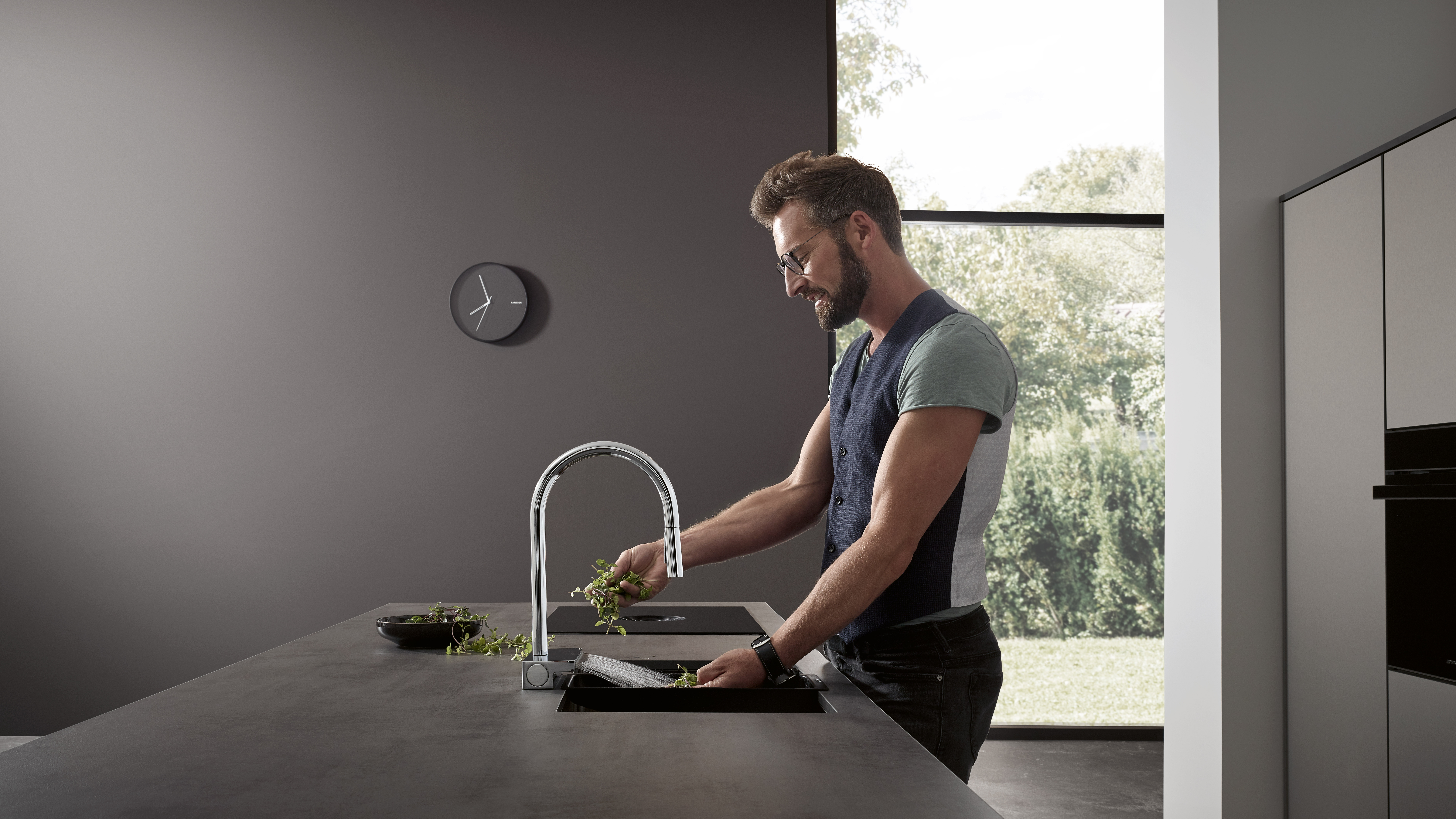 Taps For Bathrooms Showers And Kitchens Hansgrohe Int