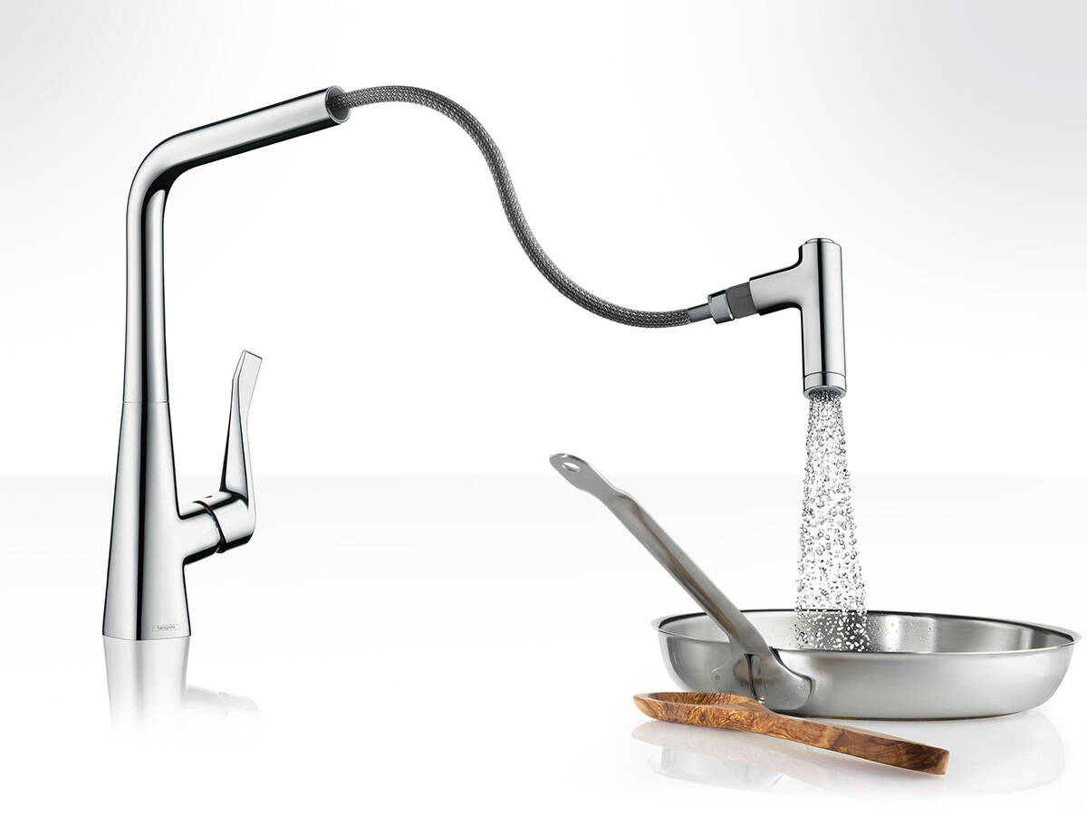 Metris Kitchen Tap With Two Jet Types At The Touch Of A On