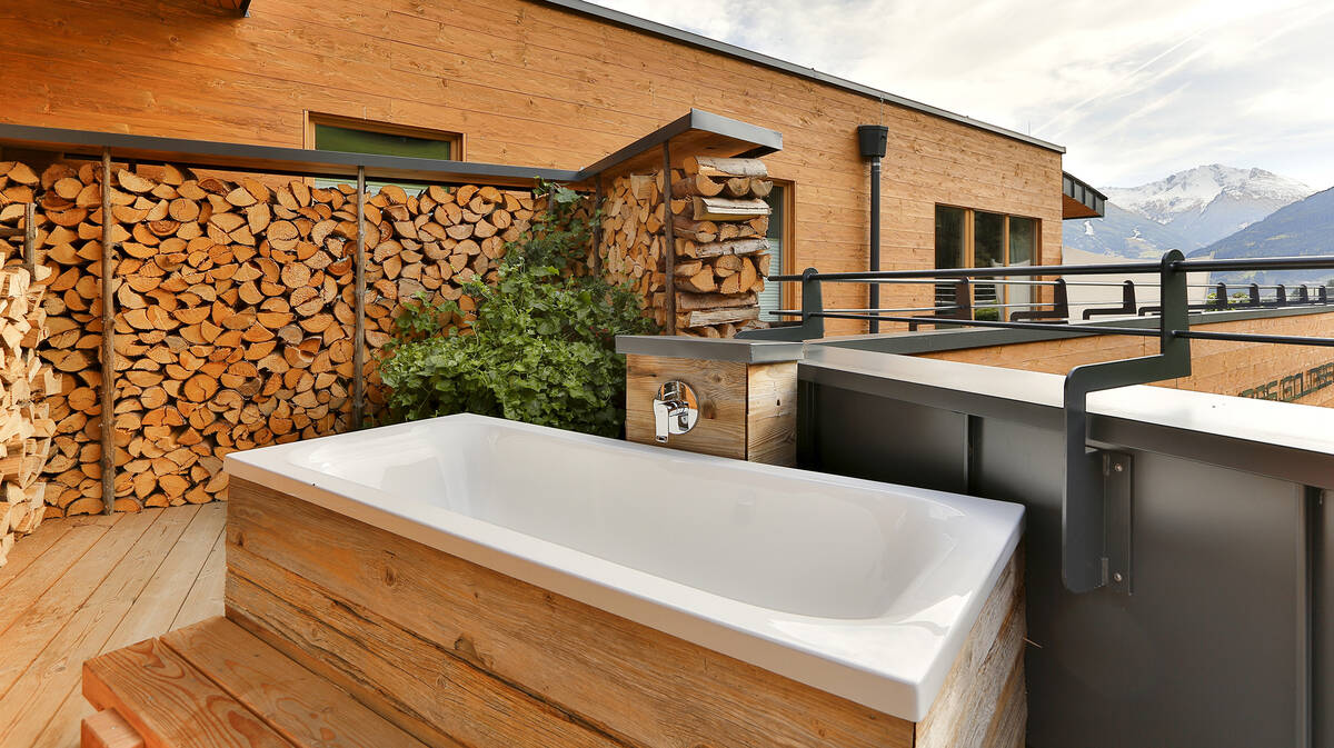 Outdoorsy Bathroom In Nature Ideas Tips Hansgrohe Usa