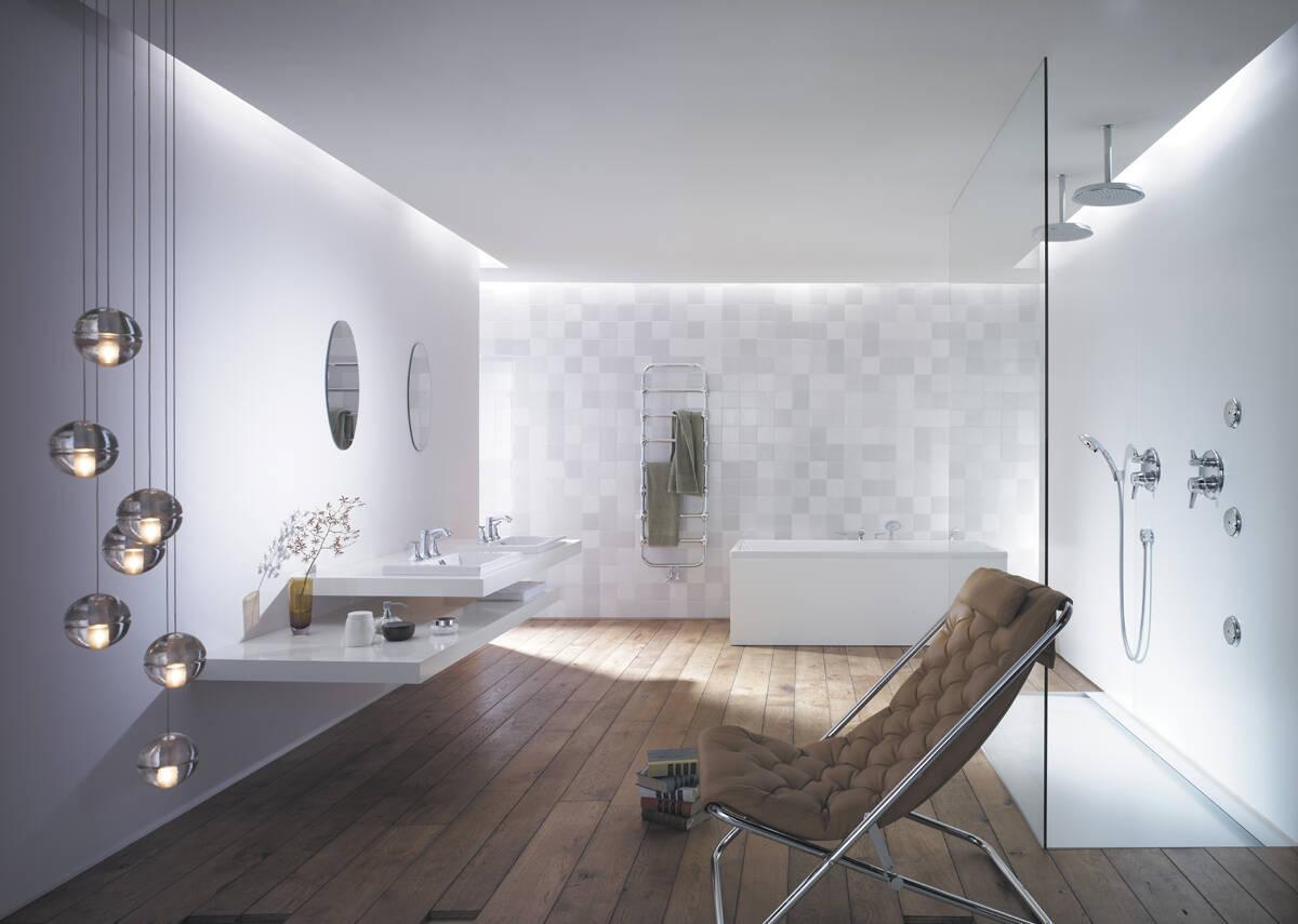 Avant-garde dans la salle de bain comme idée de design ...