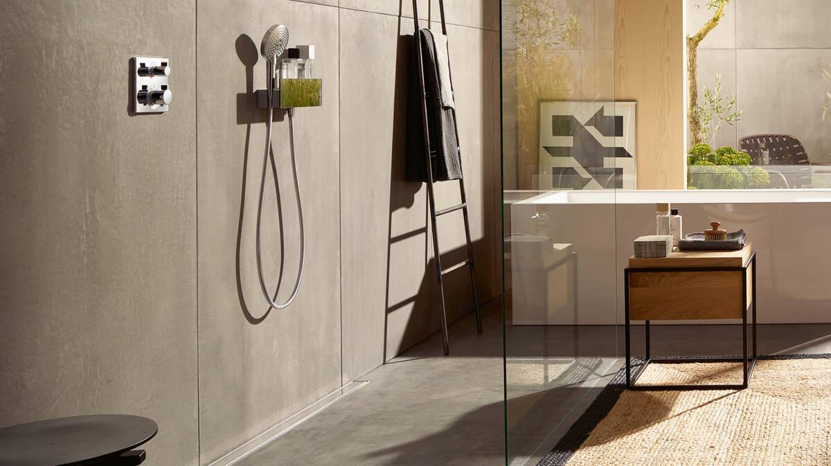 浴室-趋势:浴缸前铺上剑麻地毯。