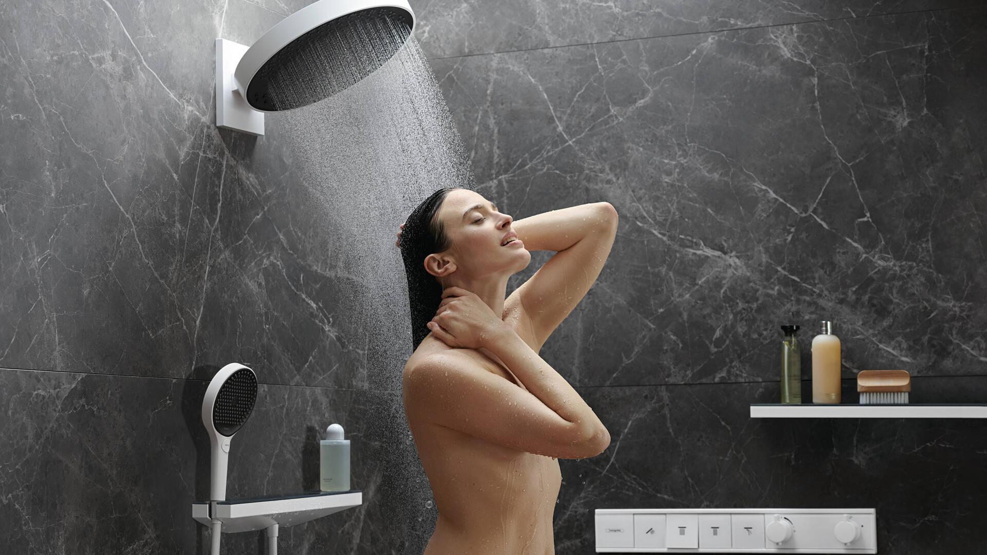 头顶花洒 XXL:利用 Rainfinity 带来巨大的淋浴快感。