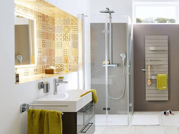 富有现代感的特平淋浴房底盆嵌入地面内