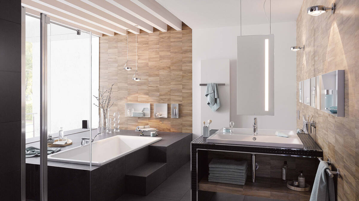尊贵浴室为您打造一片健康绿洲。