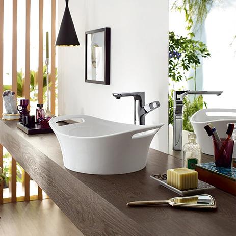 Merging bathroom and bedroom | Hansgrohe US