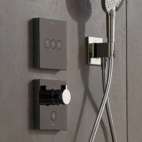control showers with showerselect and rainboard. Black Bedroom Furniture Sets. Home Design Ideas