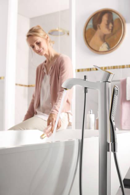 环境:落地式单把手浴缸龙头 2