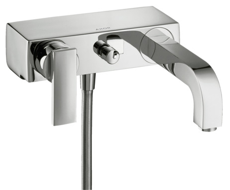 Single lever manual bath mixer with lever handle