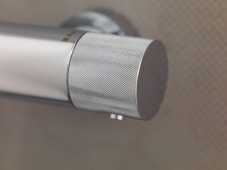 Showerpipe met thermostaat, hoofddouche Ø 240 mm 2jet en handdouche Ø 85 mm 1jet