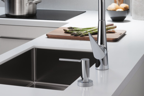 Single lever kitchen mixer 300, pull-out spout, 1jet, sBox
