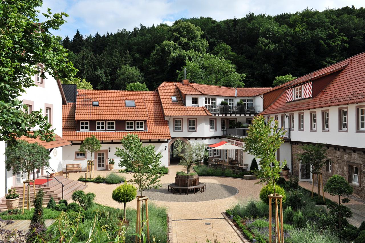 Hardenberg Burghotel – Noerten-Hardenberg, Germany   Hansgrohe iSpecify